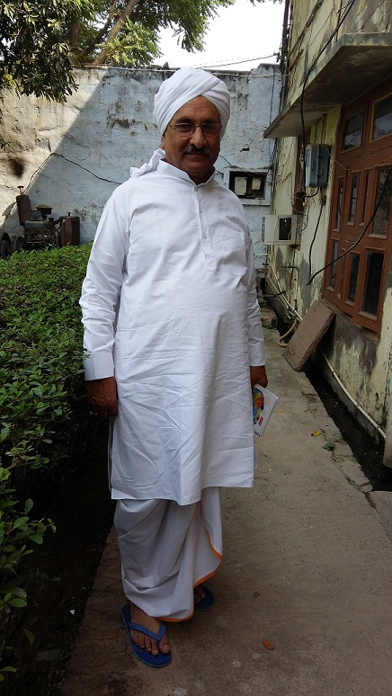 Sh. Bhaniram Mangla in his ancestral home in Mewat, after listening to problems of local citizens gathered there.
